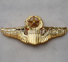Factory custom metal Badges high quality custom metal soft enamel pilot wings pin badge with different designs