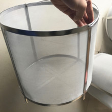 Good price of 300 micron 304 stainless steel bucket filter / strainer