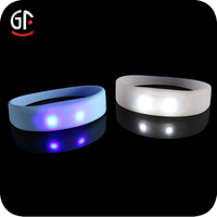 New Products 2016 Promotional Party Event Fashion Led Silicone Bracelets