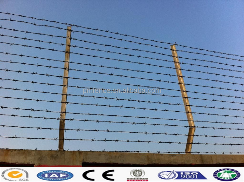 barbed wire mesh installation making