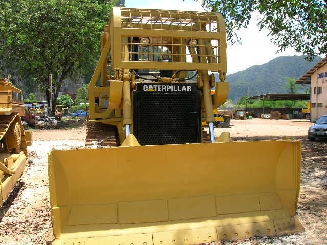D6H,Use,CAT,Bulldozer,Caterpillar
