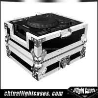 DJ Aluminum cases for 2 DVD-Phillps & mix board yamaha 102c & microphone & Sony blu ray player BDPS380