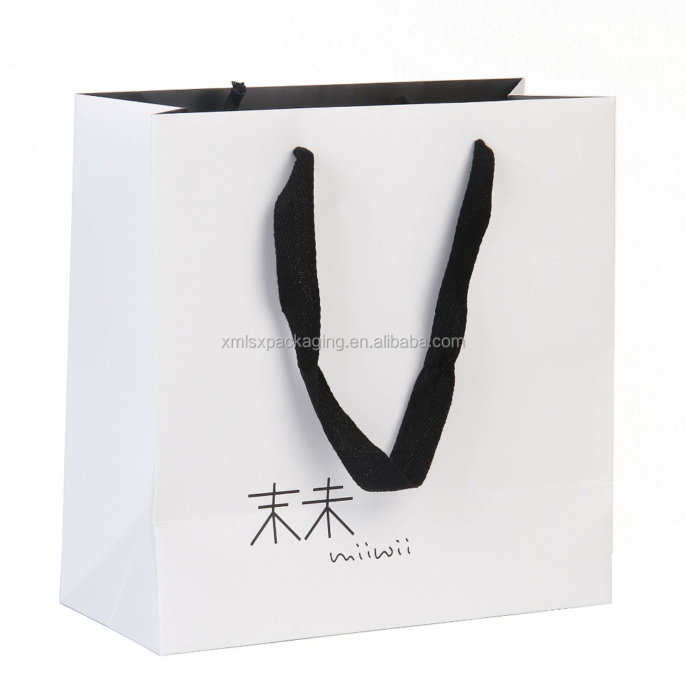 China wholesale custom paper gift shopping bag for garment