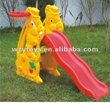 Plastic kids garden play slide with basketball ring