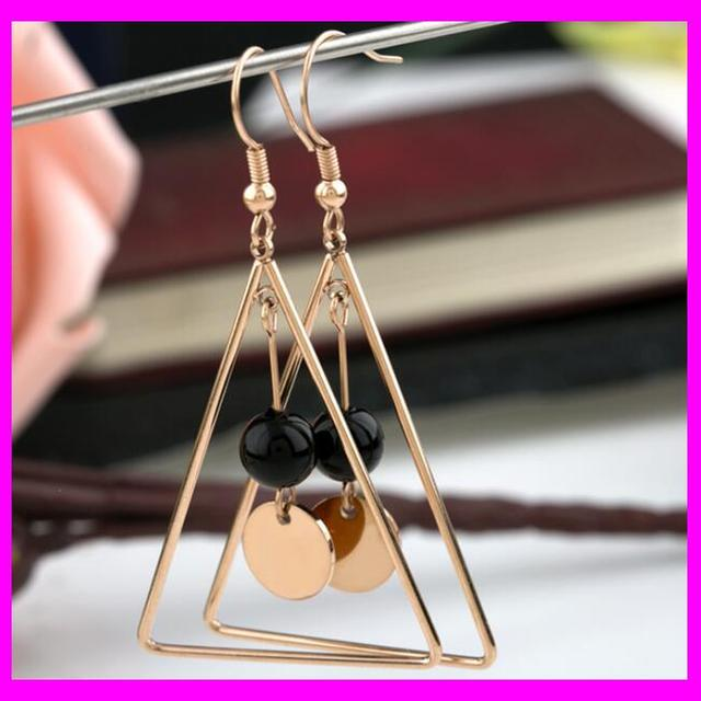 KDA3203 Stainless Steel Triangle Design Small Pearl Beaded Earrings
