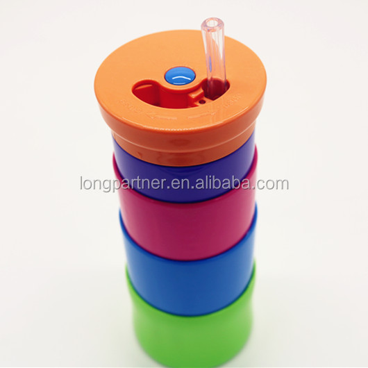 Patent collapsible water bottle / foldable silicone water bottle for hiking travel