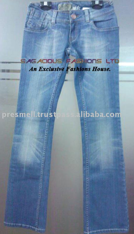 Cotton/spandex adies jeans / denim pants with heavy wash