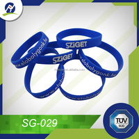 Silicone bracelet with silk screen printing logo for sales