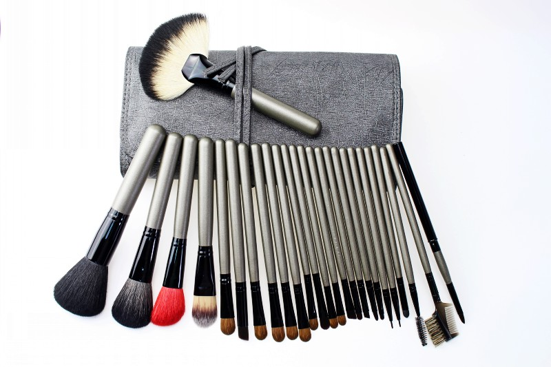 High Quality Beauty Makeup Cosmetic Brush Set 26 PCS With Multifunctional Bag