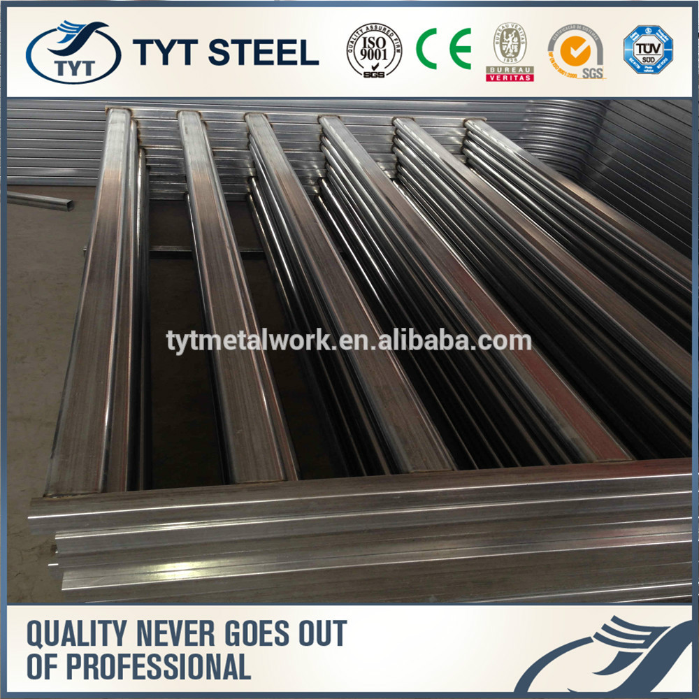 Steel Tubing Corral Panels Used As Round Pen Galvanized Welded Wire ...