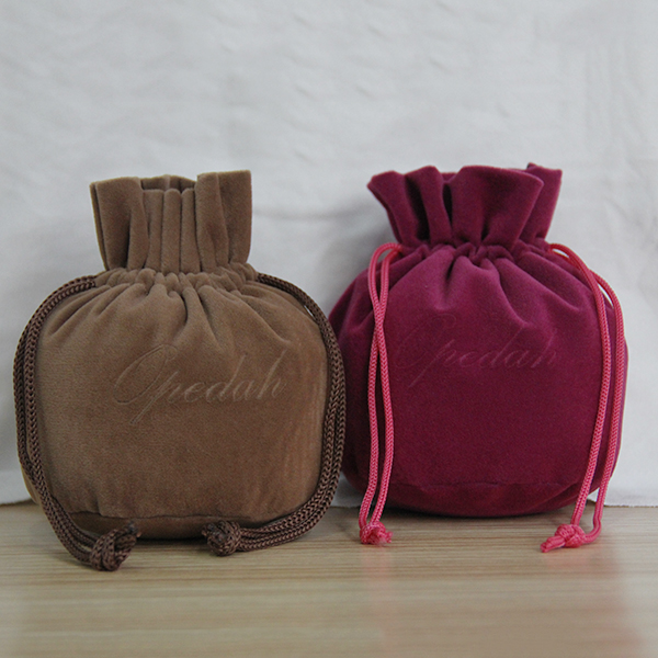 Colored Velvet Standing up Pouch Made in China