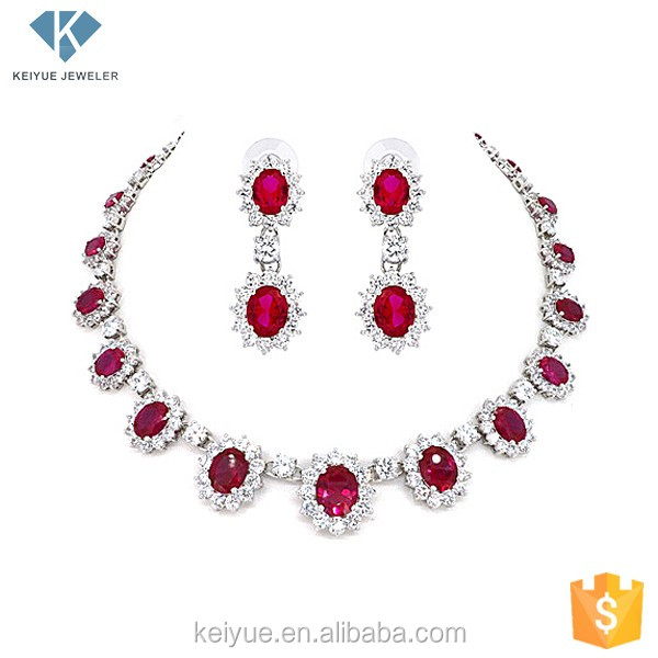 Red decorated jewellery sets traditional necklace set with ear cuff