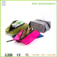 Convenient Waterproof Travel Shoe Bags with Zipper Closure