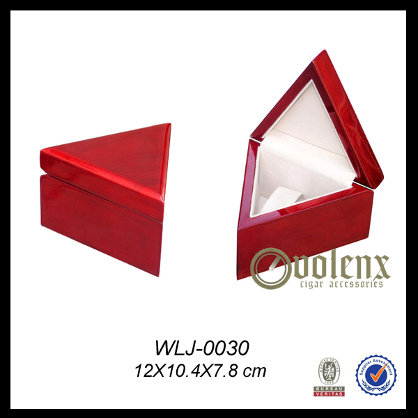 Small Size Luxury Wooden Triangle Ring Box
