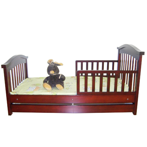 Wooden Toddler Bed /Baby Bed