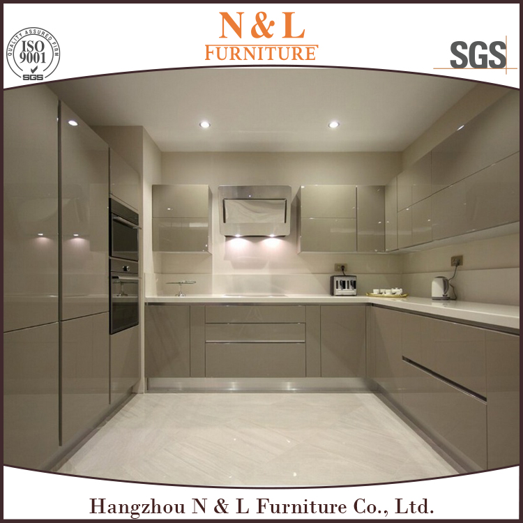 European style Prefab house kitchen cabinets imported from China foshan manuracturer