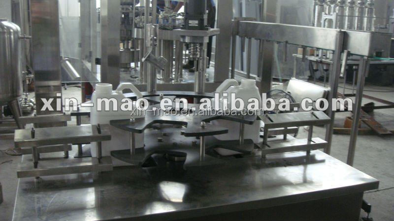China Factory Direct Sale Auto oil filling machine