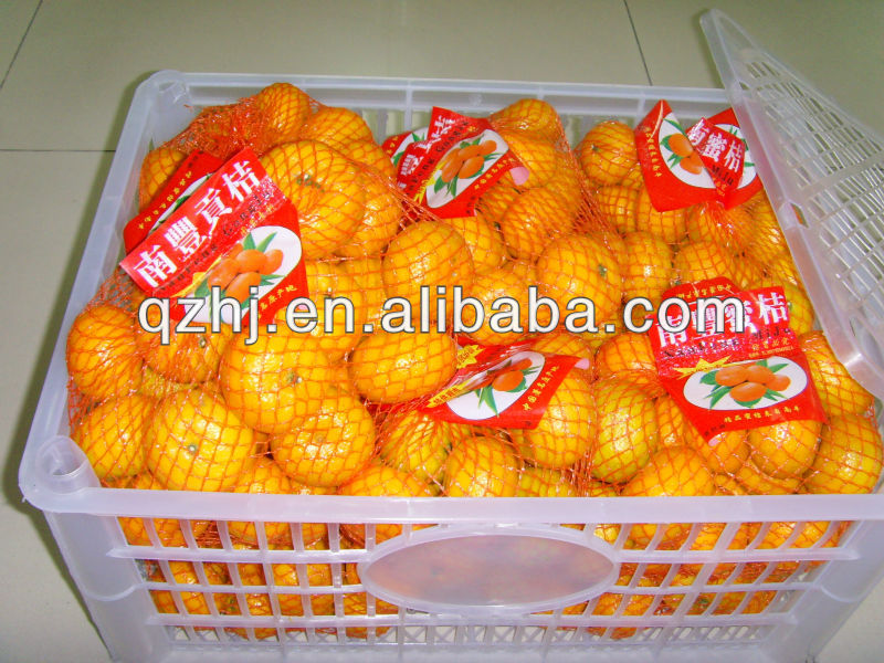 fresh mandarin oranges, size from 32mm to 55mm