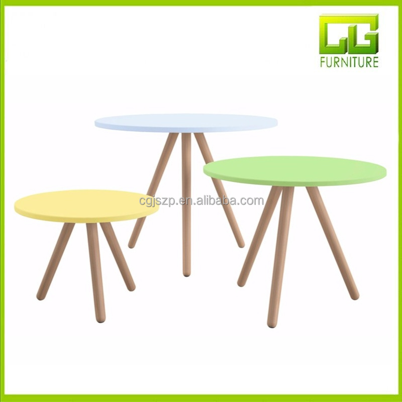 Small tables with beechwood legs and tops in lacquered MDF colorfull table