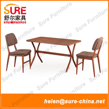 2016 Modern Wood Finishing Ding Chair With Fabric Upholstered