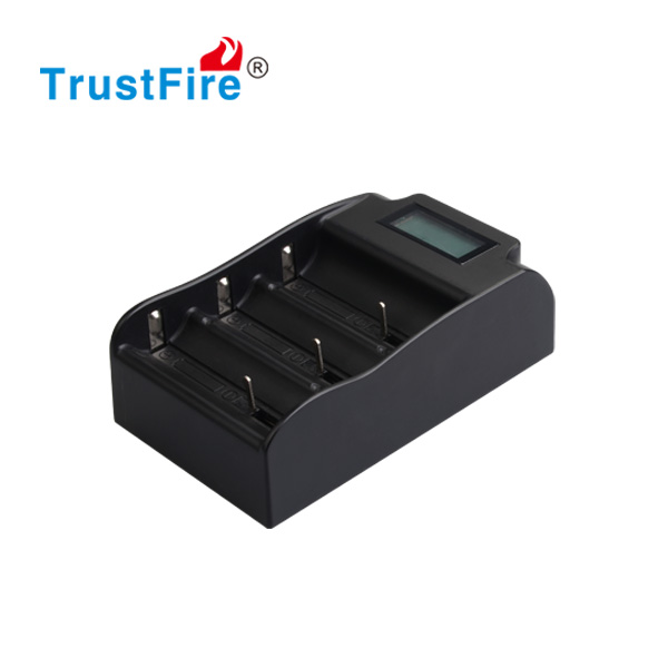 Auto lithium and NI-MH battery intelligent charger TrustFire TR-008 power bank 18650 charger usb A/AA/AAA battery charger