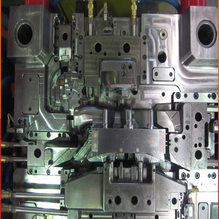 low cost and hight quality plastic injection mold maker / LKM mold base for precison auto plastic injection mould parts