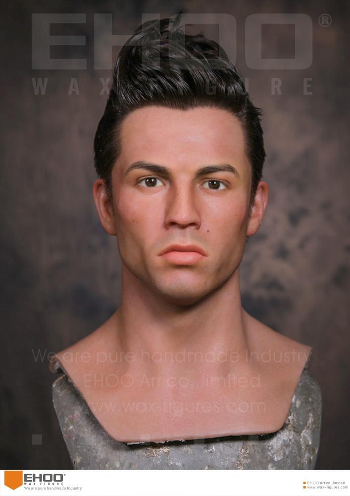 Sportsman wax figure Cristiano Ronaldo in Sculpture