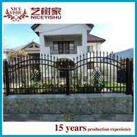 modern wrought cast aluminum residential fencing design / decorate wrought cast metal fence design / garden fence
