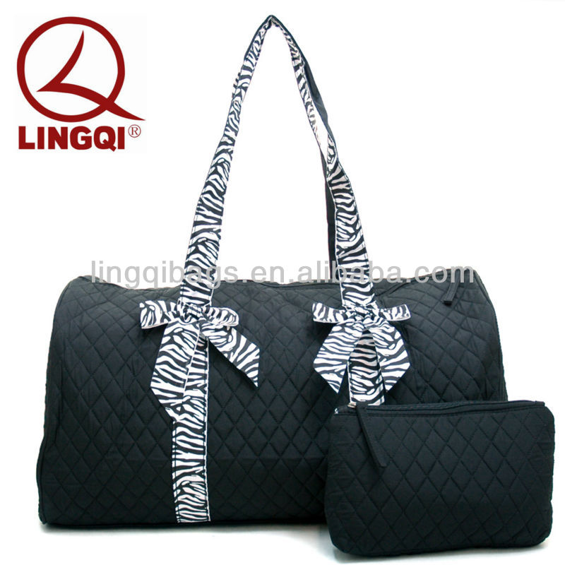Sleek Large Durable Quilted Travel Bags with Cosmetic Bag Set