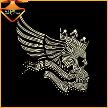 Wholesale Bling Wings Flying Skull Iron On Rhinestone Transfer Decals For Garment