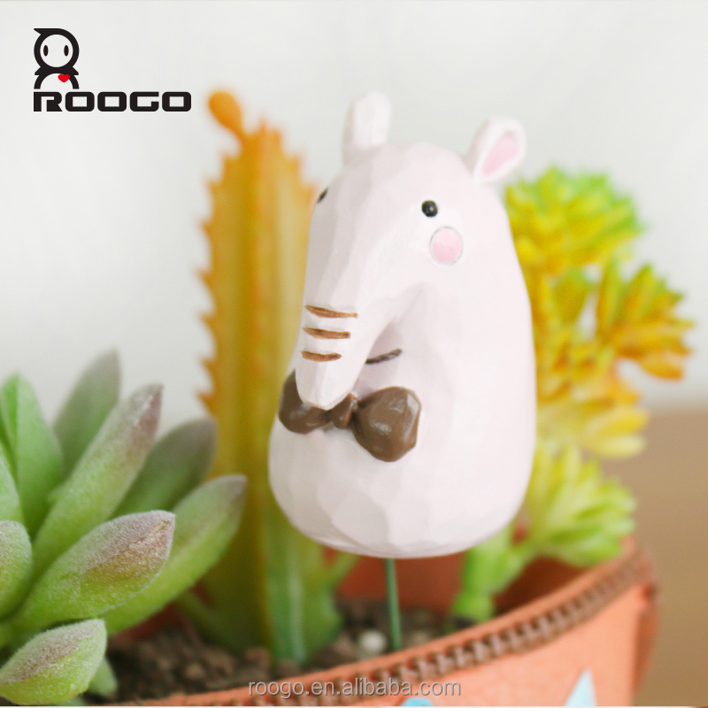 Roogo new products children love resin fairy cartoon pink girl elephant micro landscape figurines