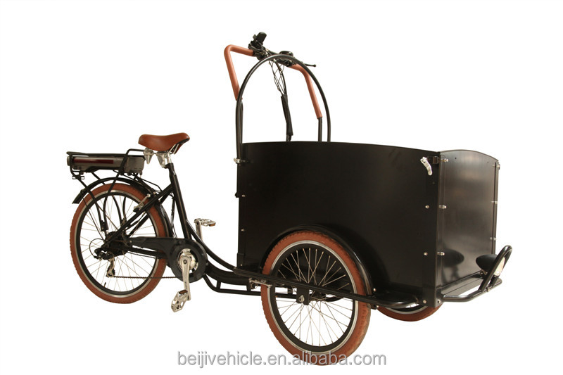 tricycle cargo bicycle with cargo boxes