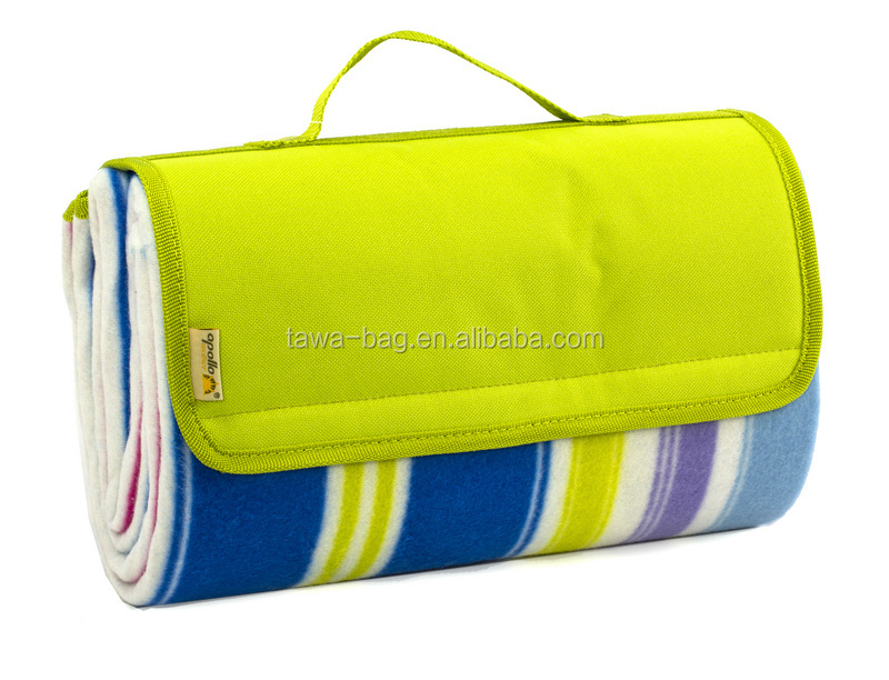 hot sale Stripe outdoor fleece waterpoof picnic blanket