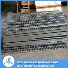 stiffness high powder coated concrete drainage channel stainless steel bar grating
