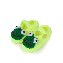 funny baby shoes, happy baby shoes, spanish baby shoes