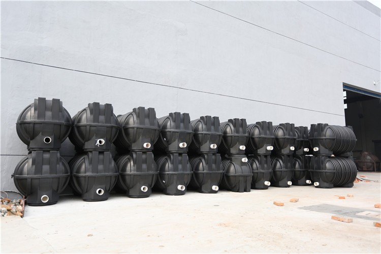 Made in China rotational septic tank for waste water treatment