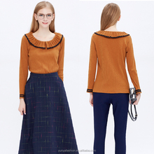 Knitted shirt with a short sleeved T-shirt Women