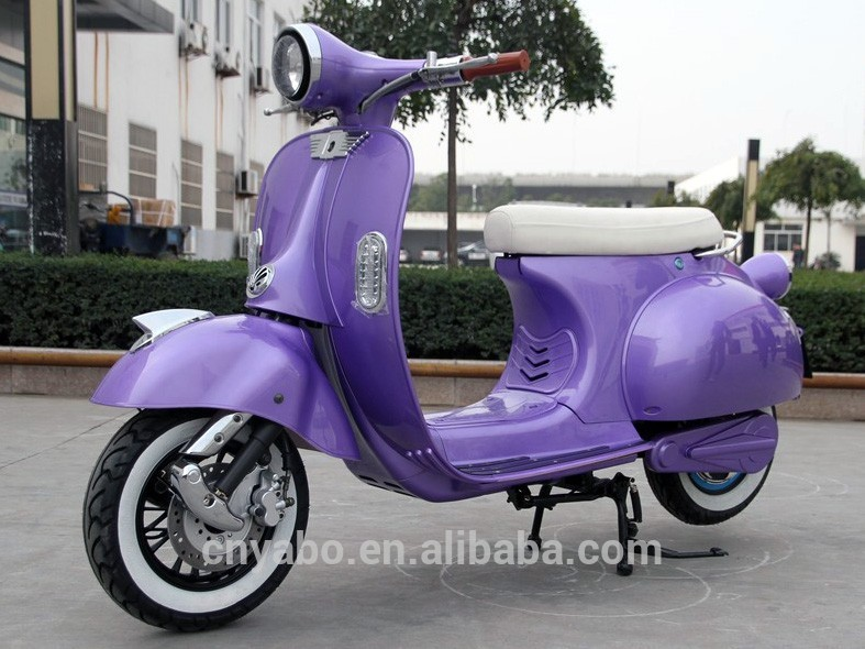 EEC Electric Scooter vespa 20Ah Silicon/LiFePO4 battery electric scooter 2000w 60v for adult