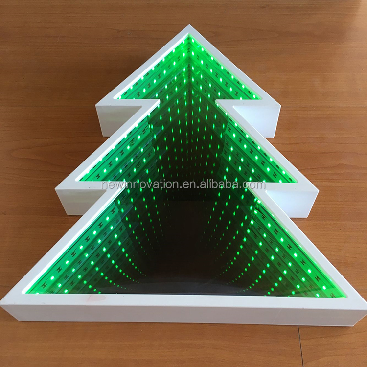 68L Green LED Infinite Light Mirror Christmas Tree for Christmas Decoration and Home Decoration