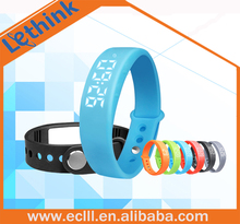 Temperature display smart bracelet 3D pedometer USB rechargeable wristband watch