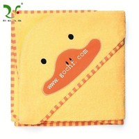 100% cotton hooded baby towel with animal pattern cartoon deco