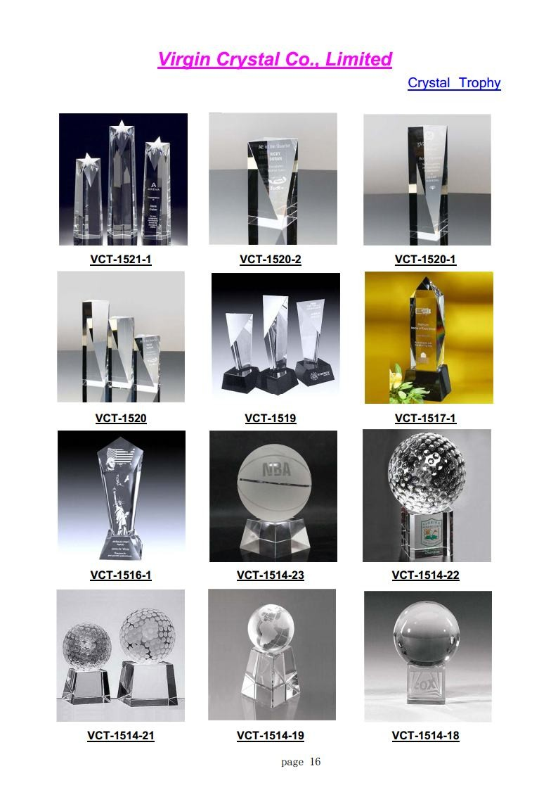 New Design Hand Holds Sports Crystal Soccer Or Globe Ball Trophy