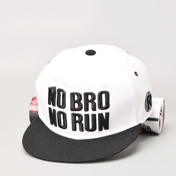 Fashion 100% cotton hip hop caps <strong>custom</strong> embroidered running flat flex fit snapback caps