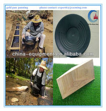 gold pan panning for river sand gold separation