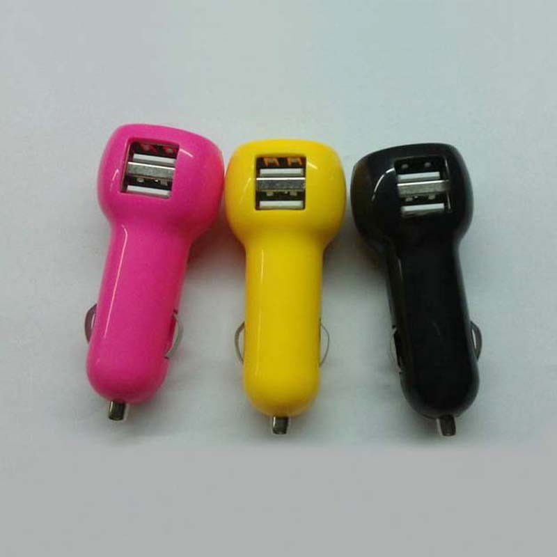 Mobile phone 5V 2.1A multi usb port car charger with usb on side