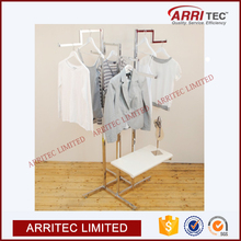 retail store home hotel bedding sheet display stand metal garment rack display