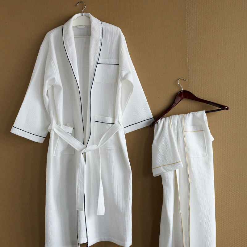 2016 new design unique quick-drying waffle bathrobes with piping