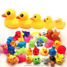 Children cute animal plastic water play with sound squeeze baby bath toys