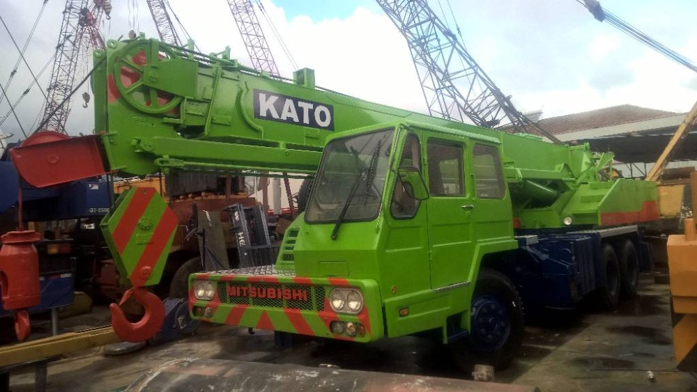 Good Quality 16 ton nk160e kato truck crane used for sale