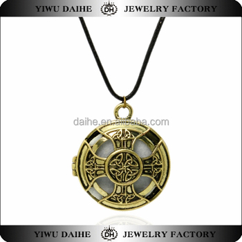 Daihe 2016 fashion jewellery necklace women cross knot essential oil diffuser necklace